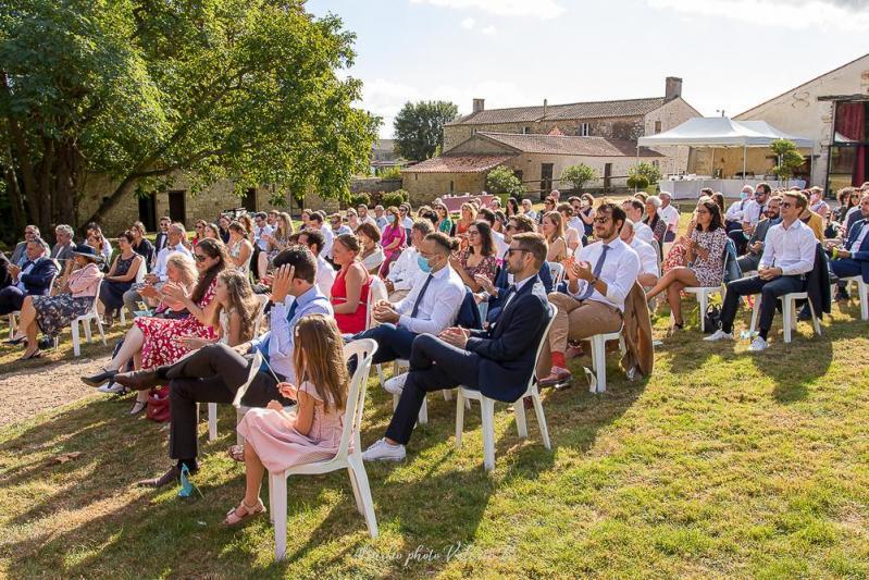 Ceremonie laique la grange du prieure